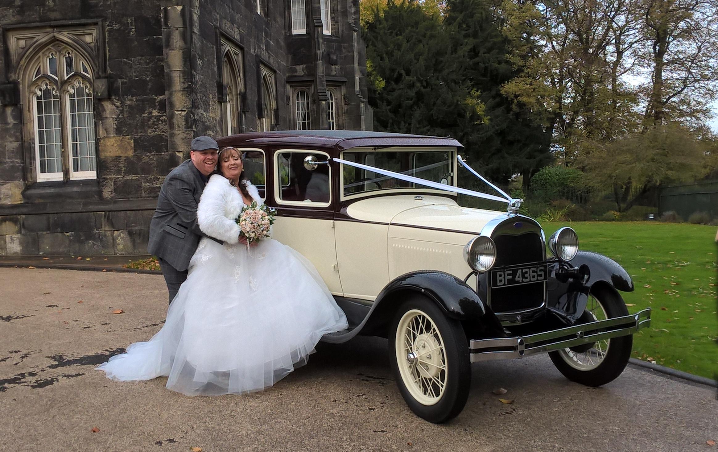 wedding car hire prices - Classic Weddings